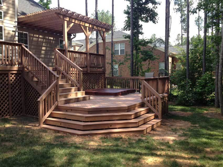 Archadeck Mint Hill Bi Level Deck With Hot Tub