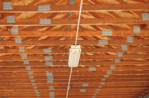 Roof construction trusses